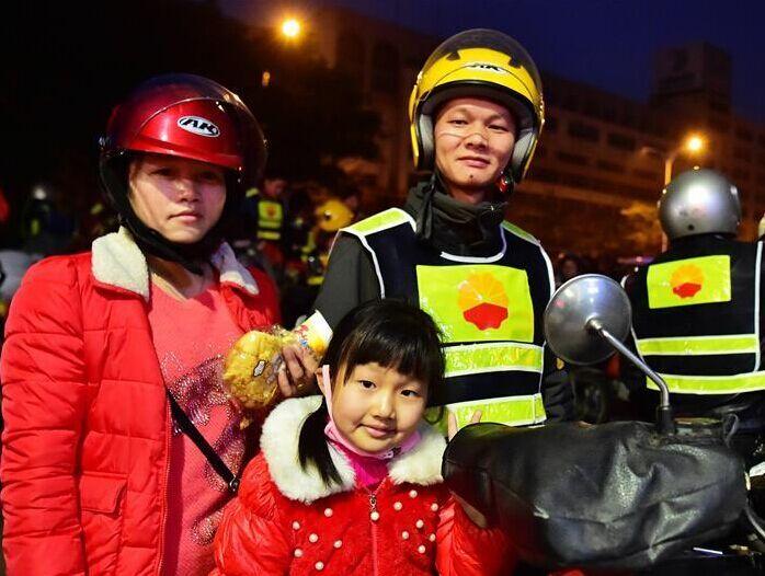 9岁邹怡琳的500公里返乡路