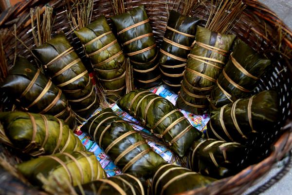 民风民俗:吃粽粑