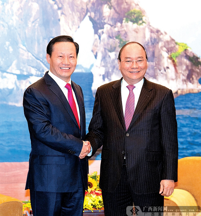 彭清华拜会越南总理阮春福