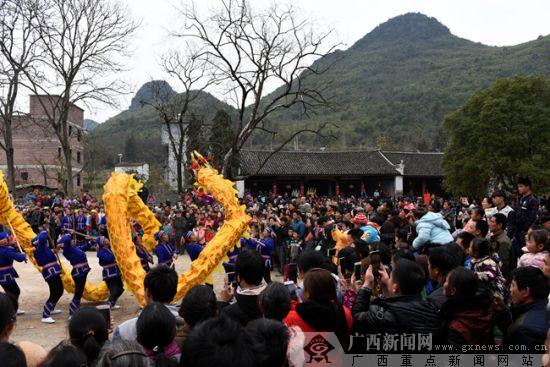 [新春走基层]富川福溪村:隆重民俗盛典庆元宵引万人观看(图)