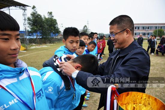 北海市全国青少年足球冬令营:东道主球队表现不俗