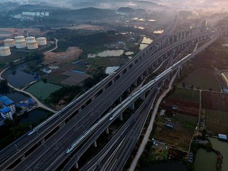 """广西:力争到2020年实现""""市市通高铁""""(组图)"""