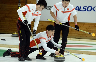 亚冬会冰壶男子组:中国队战胜韩国队