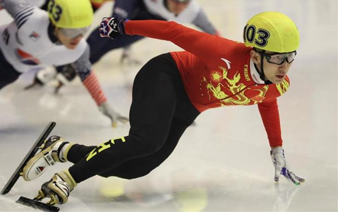 亚冬会短道速滑男子500米:武大靖夺冠