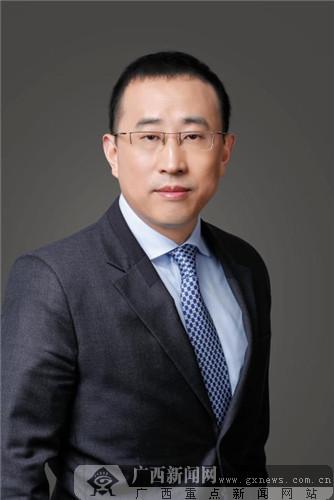 """蒙牛总裁卢敏放获""""亚洲社会关爱领袖奖"""""""