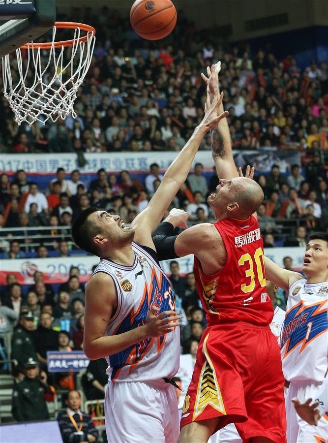 (体育)(8)篮球――CBA四分之一决赛第五场:上海哔哩哔哩无缘半决赛