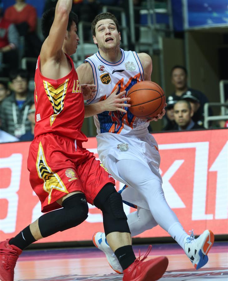 (体育)(2)篮球――CBA四分之一决赛第五场:上海哔哩哔哩无缘半决赛