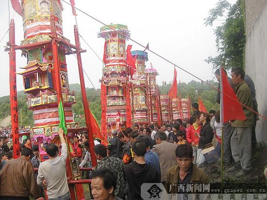 贺州市富川县民间抢花炮节将于3月24日举行