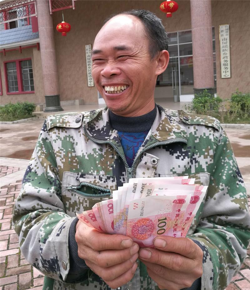 乐村淘进南屏一上午收购生姜6500余斤