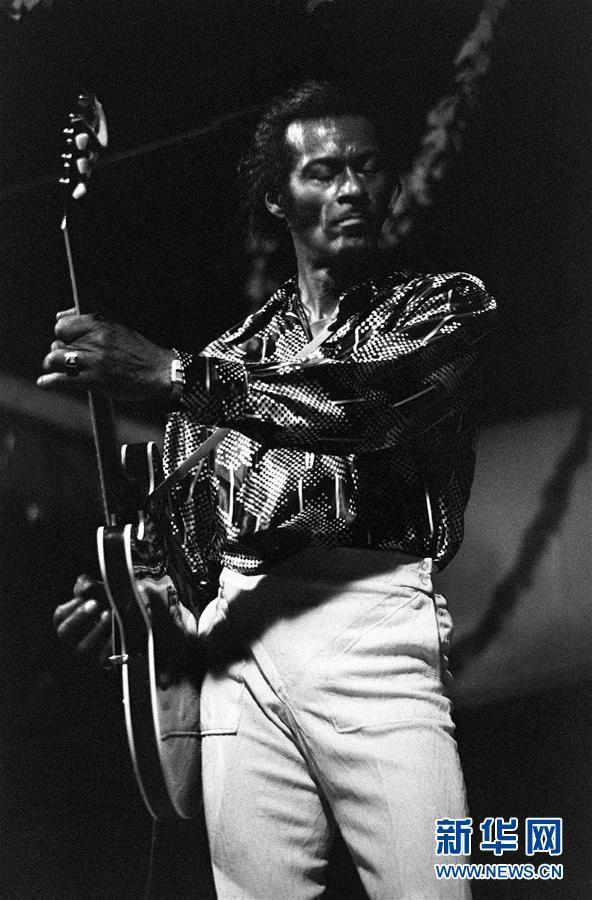 (外代一线)(6)美国摇滚乐先驱查克・贝里去世