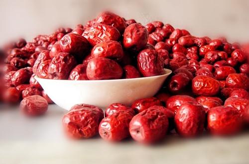 这10种平民食物补血效果胜阿胶