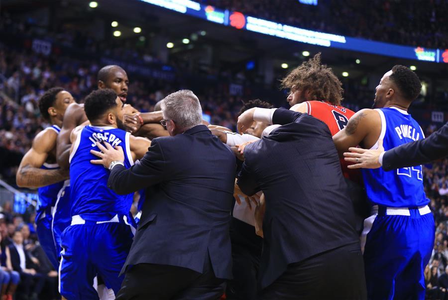(体育)(4)篮球――NBA常规赛发生球场打架事件