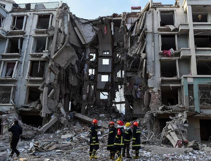 内蒙古包头市土右旗居民楼天然气管道爆炸已致3人死亡