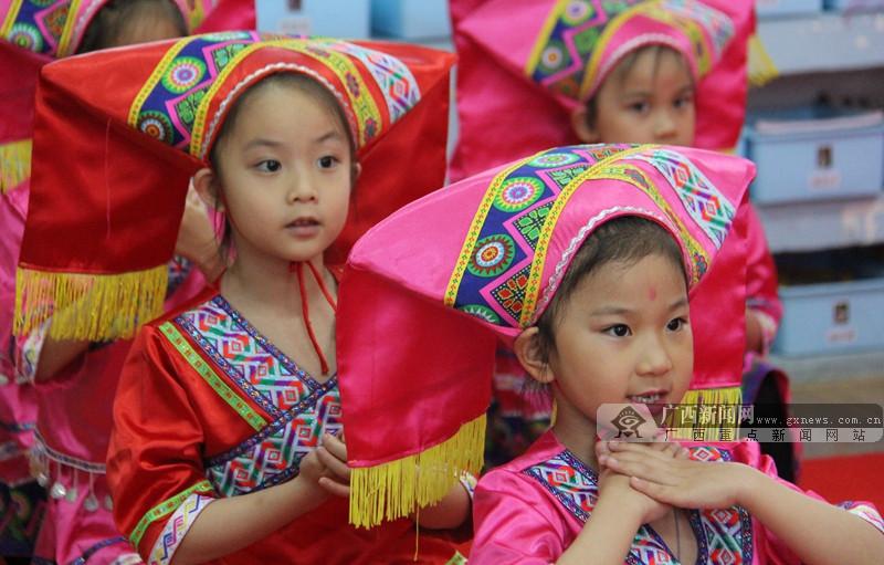 """热闹""""三月三""""  区直文化系统幼儿园融文化入教育"""