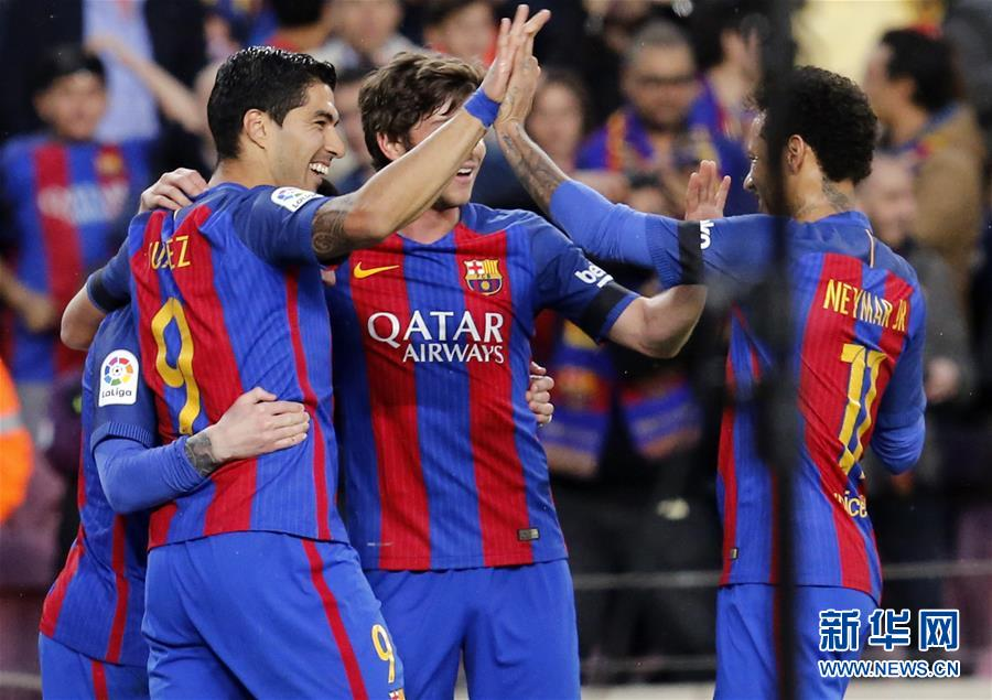 (体育)(3)足球――西甲:巴塞罗那胜塞维利亚