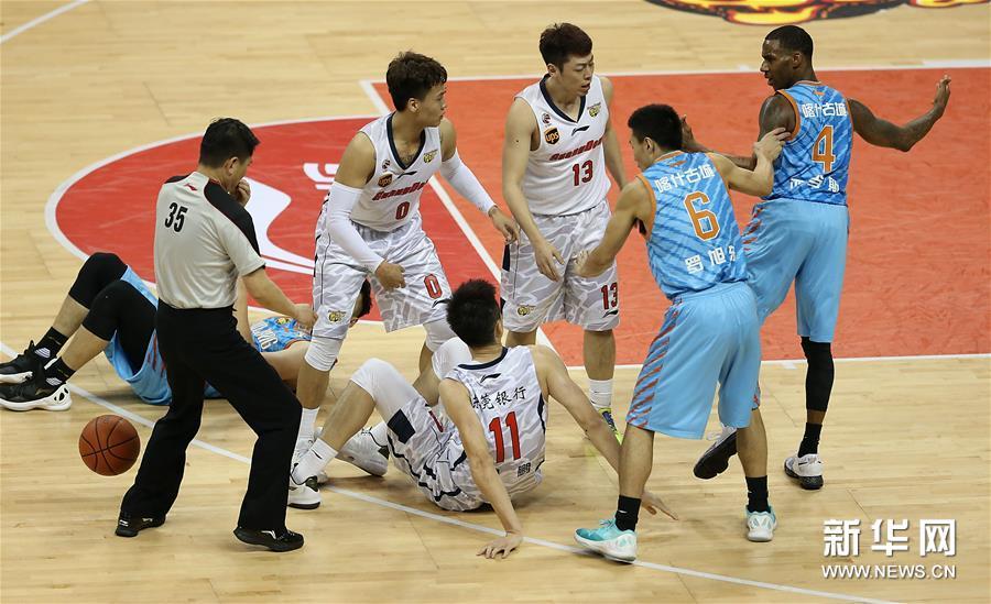 (体育)(9)篮球――CBA总决赛第三场:新疆喀什古城胜广东东莞银行