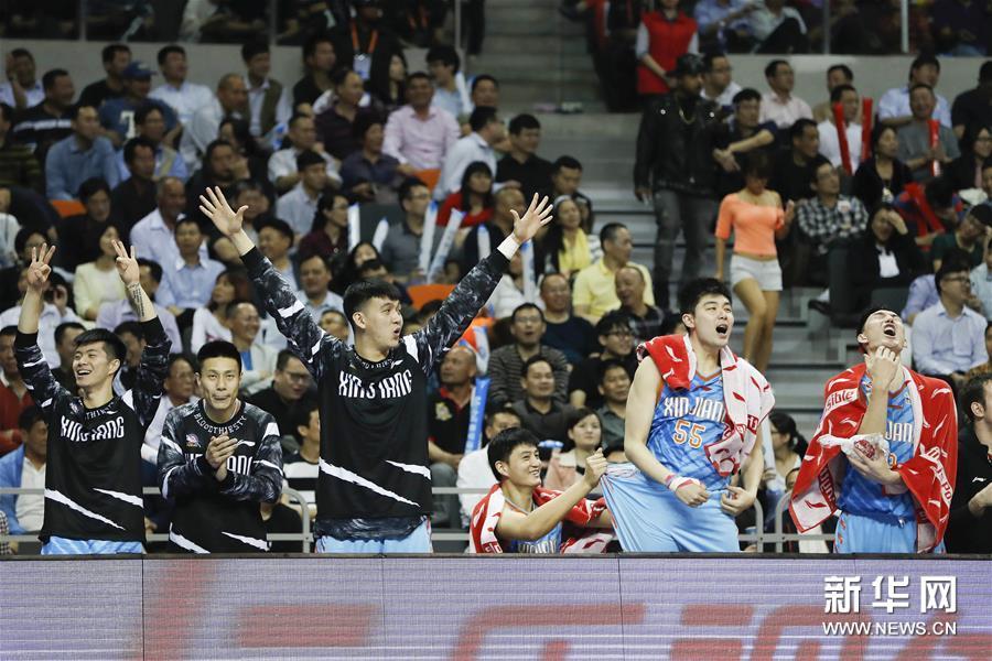 (体育)(22)篮球――CBA总决赛第三场:广东迎战新疆