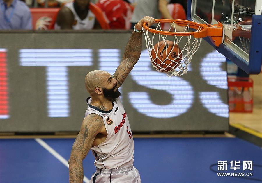 (体育)(8)篮球――CBA总决赛第三场:新疆喀什古城胜广东东莞银行