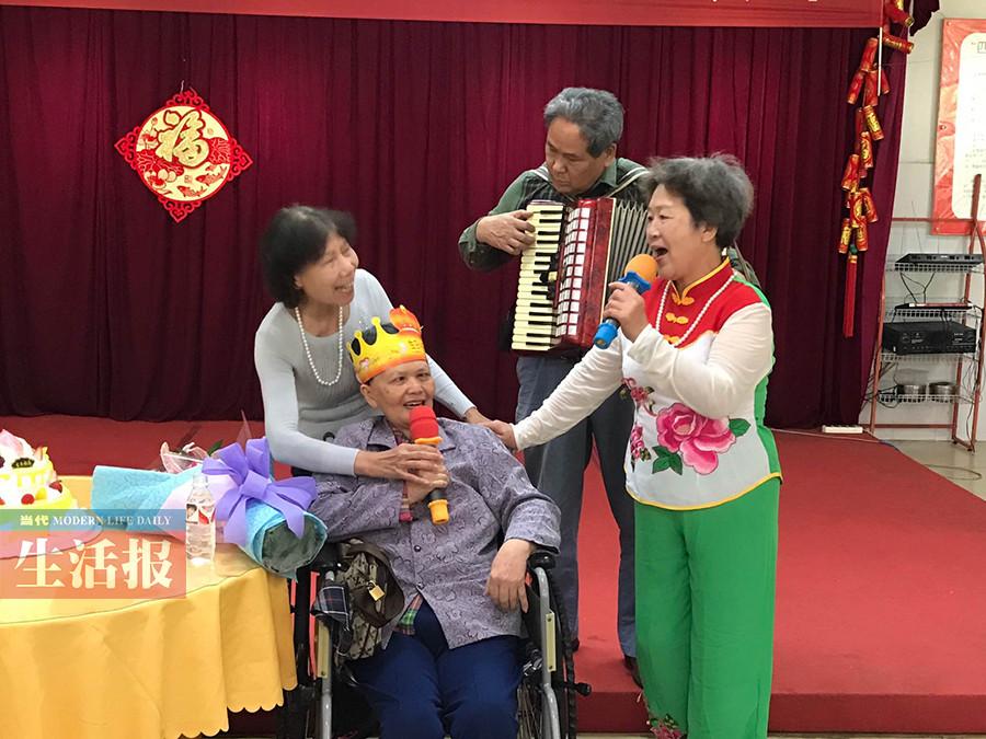 4月20日焦点图:67岁老知青患癌45年动过9次手术