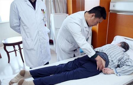 新疆:打造国际医疗服务中心 提供跨境医疗服务