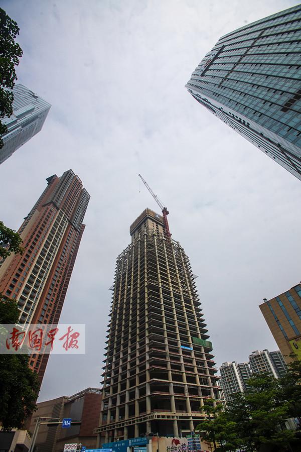 """4月27日焦点图:广西在建第一高楼""""长""""到200米"""