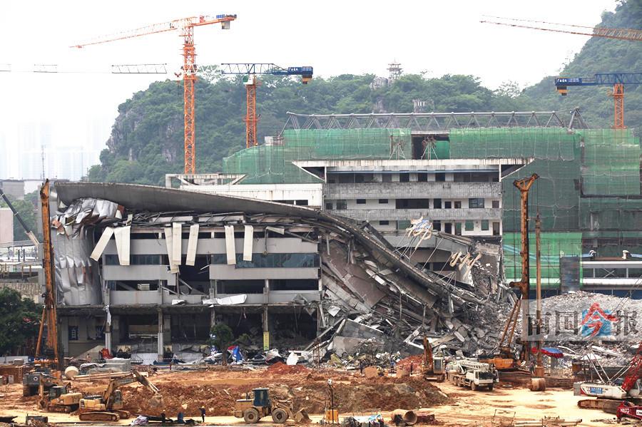 柳州火车站老站房拆除过半 计划6月初完成拆除