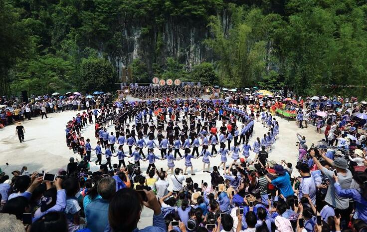 高清:乐业第三届壮族卜隆古歌节精彩上演