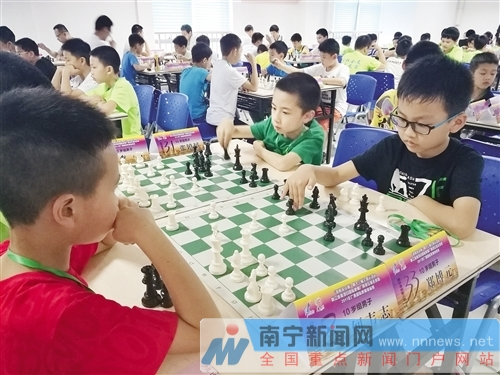 首届广西国际象棋锦标赛开赛 有多所学校组队参赛-广西新闻网