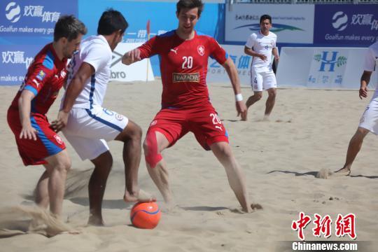 匈牙利队获得2017国际沙滩足球邀请赛冠军