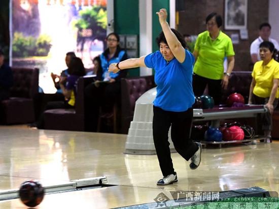 全国老年保龄球联谊赛 蔡碧玉获女子个人全能金牌