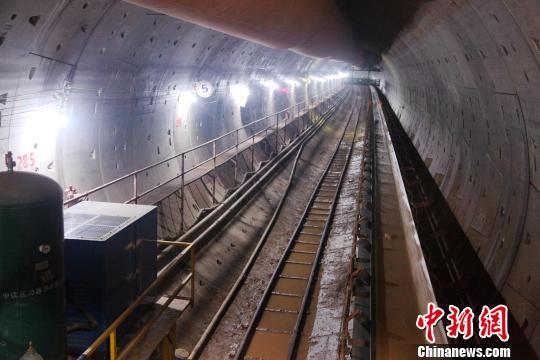 拼装成型的盾构隧道 唐相彦 摄
