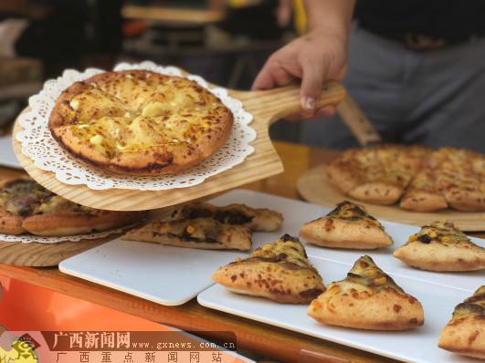 """为美食狂欢 邕城吃货赴霖峰·时代里""""淘吃"""""""