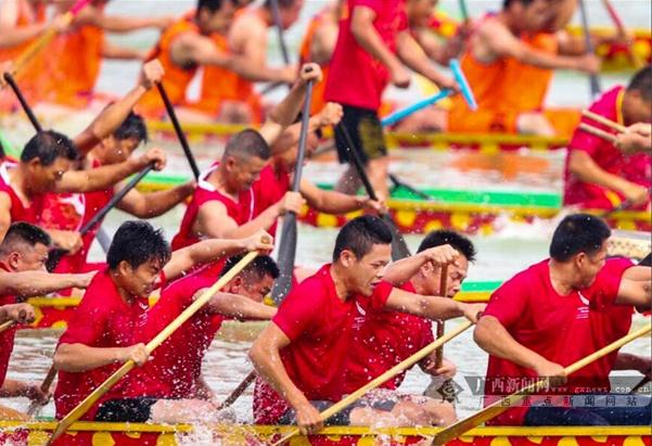 2017中国・东盟国际龙舟赛落幕 明年移师邕江举行
