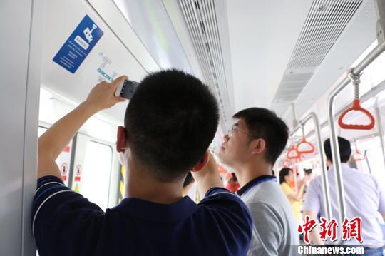 """新疆首条地铁进行""""试乘日""""2018年实现全线试运营"""
