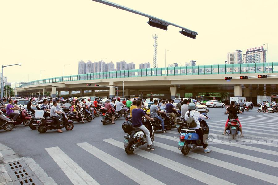 南宁:园湖北路(中华路至民主路段)正式恢复通行