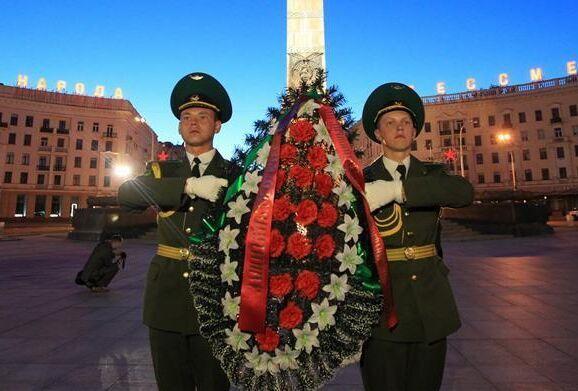 白俄罗斯纪念卫国战争牺牲者