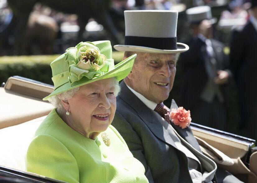 英王室参加皇家赛马会