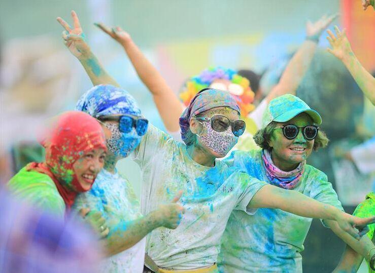 湖南衡阳:健康彩色跑