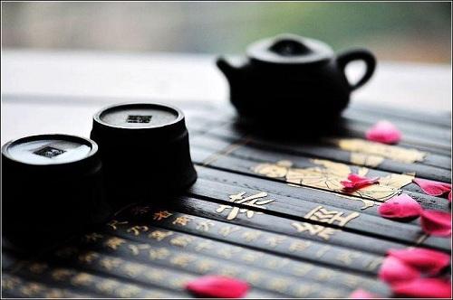 陆羽《茶经》对中国茶史文献的贡献