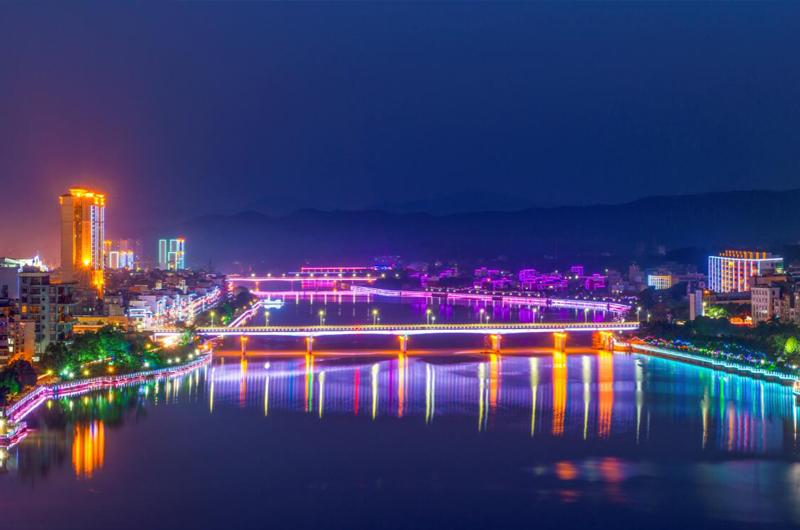 容县绣江夜景