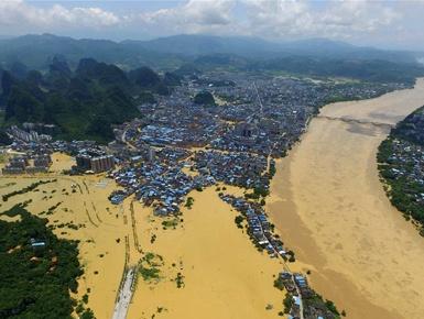 柳州:洪水围城