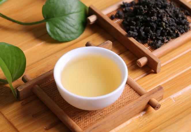 一茶一世界  一壶一人生