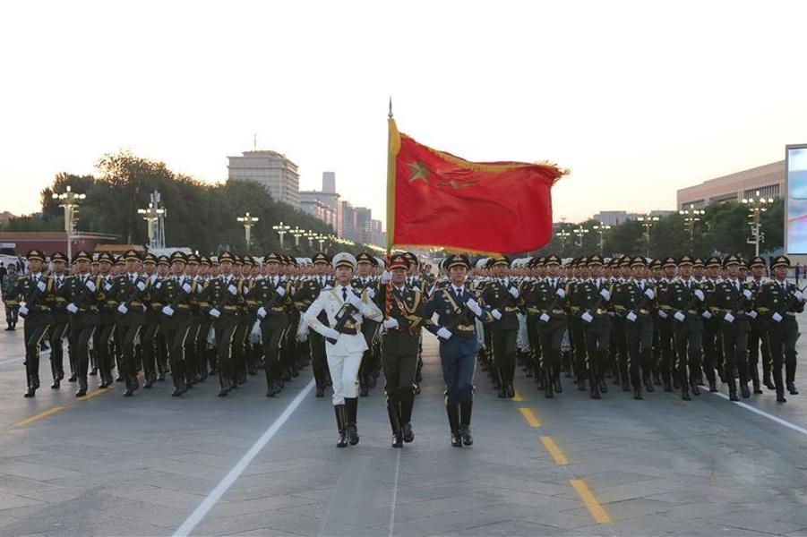 """第一次使用""""中国人民解放军""""称谓:出现在1946年"""