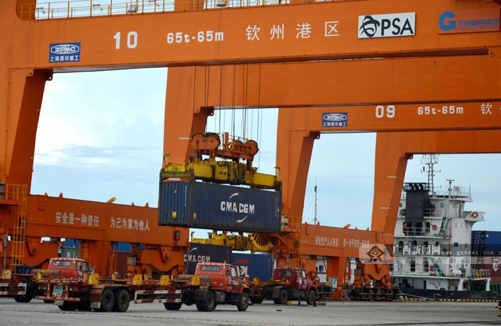 [滨海明珠]广西新媒体聚焦全国第六个保税港区