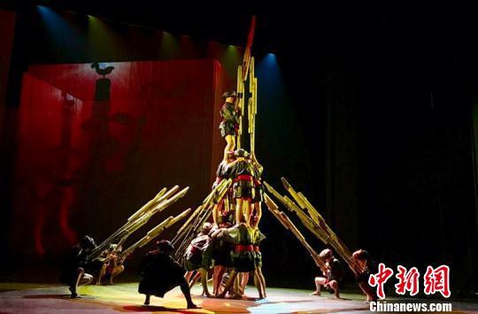 """舞蹈诗《侗》登台国家大剧院描绘""""世外桃源""""之人与自然"""