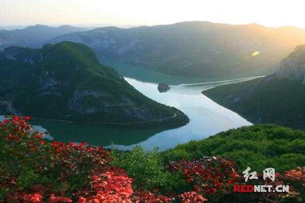 壁纸 风景 山水 摄影 桌面 600_400