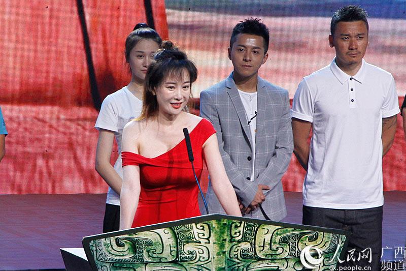 演员代表张檬分享拍摄电视剧《沧海丝路》的切身体会