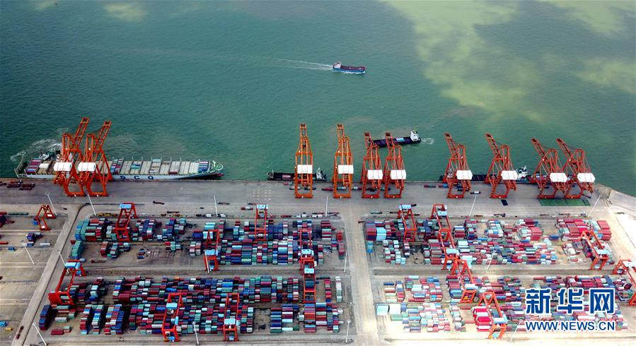 (经济)(1)钦州港:祖国南方的千万吨海港