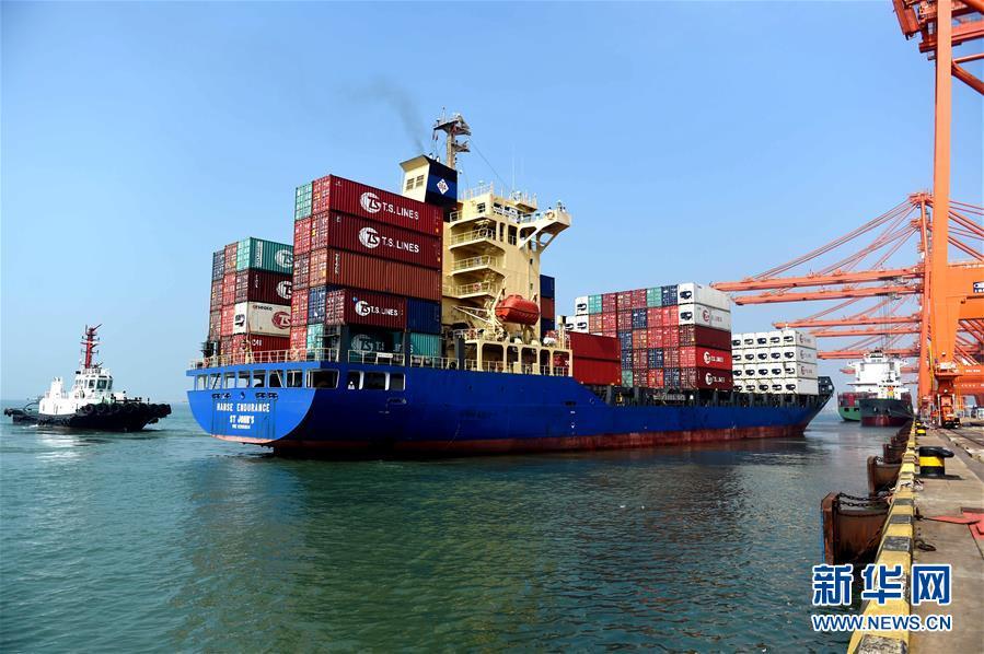 (经济)(2)钦州港:祖国南方的千万吨海港