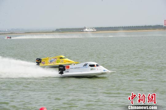 F1摩托艇世锦赛冰城开赛中国队主将排名第五晋级决赛